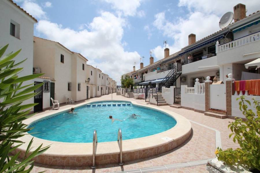 Resale - Townhouse - Orihuela Costa - La Zenia