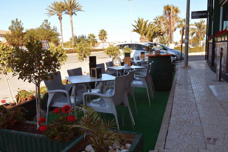 Commercial Freehold - Commercial Unit - Los Urrutias - Estrella de Mar