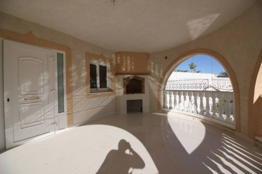 Resale - Detached - San Miguel de Salinas