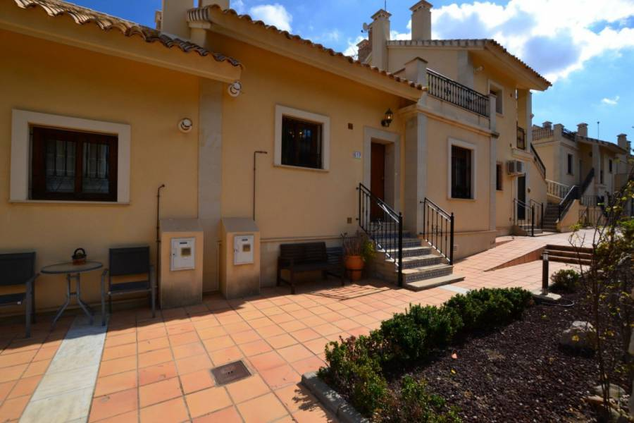Resale - Townhouse - Algorfa - La Finca Golf Resort