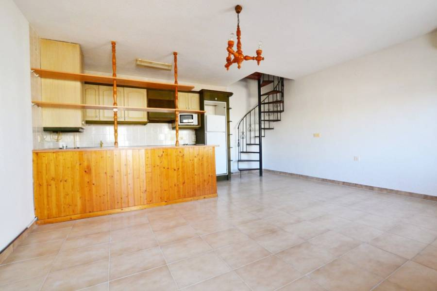 Resale - Townhouse - Orihuela Costa - La Regia