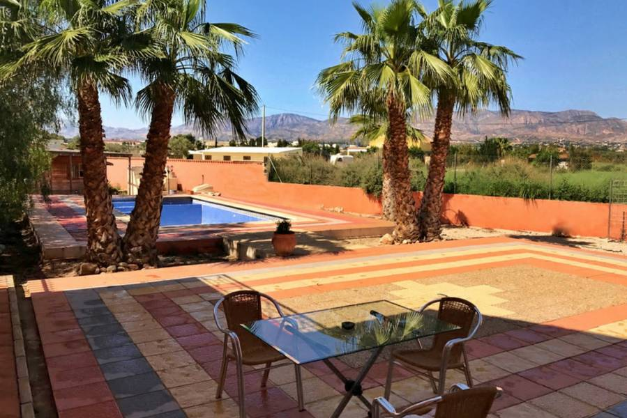 Resale - Detached - Crevillente