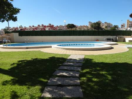Resale - Townhouse - Villamartin